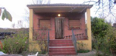 Finca en El Cortijo de 1000 m2 con casa de 40 m2